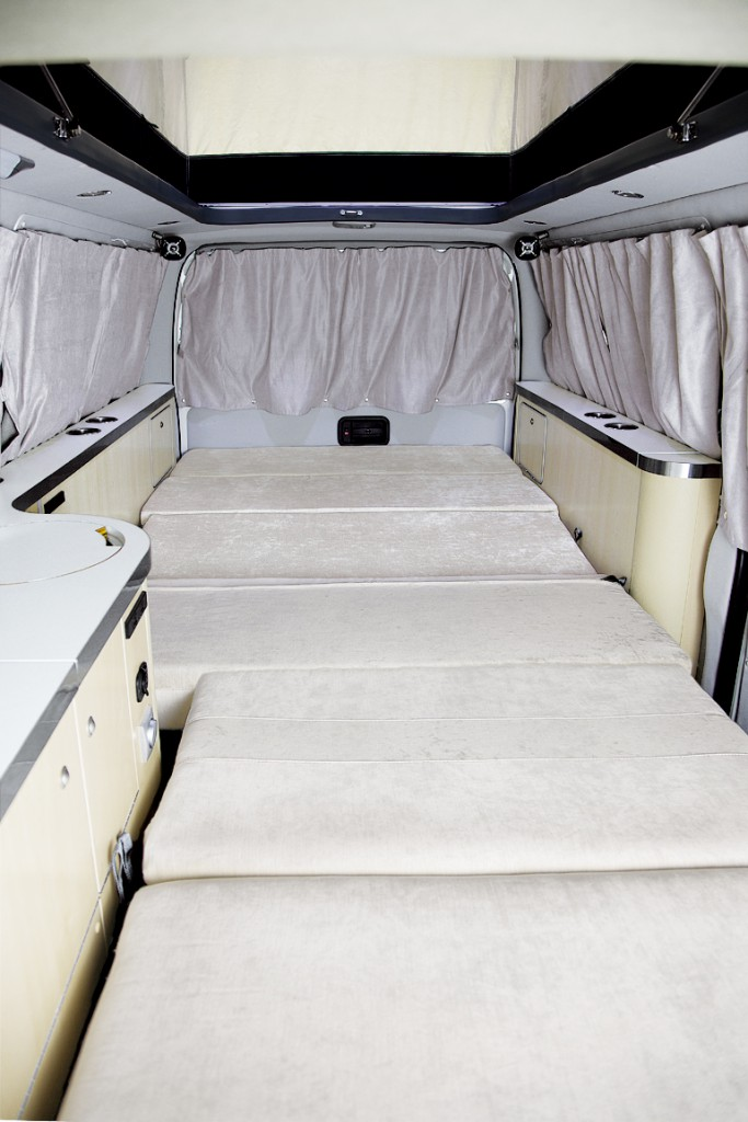 interior_02-3-683x1024